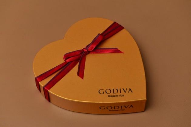 Godiva金裝巧克力心形禮盒12顆裝1