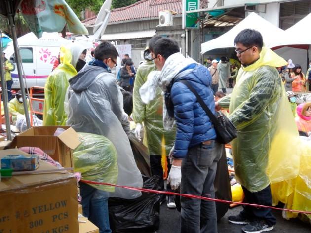 垃圾清除隊@濟南路醫療站前