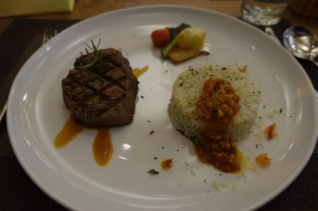 菲力牛排+燉飯@洛義 義式料理2F